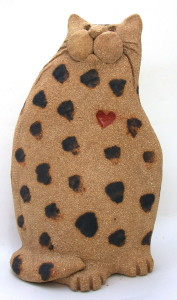 ceramic cat, heart cat, handmade studio ceramics, pottery cat, jane adams ceramics