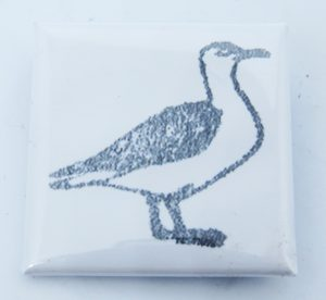 lapel pin, lapel badge, pin badge, lapel pin badge, seagull artwork, seagull badge, seagull theme