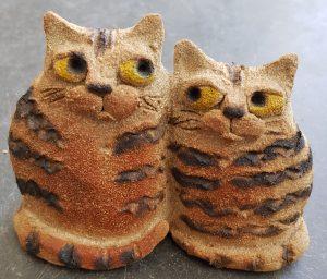 ceramic cats, jane adams ceramics, handmade ceramics, stoneware, studio pottery, pottery cats, cats,