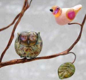 Louise Nelson, glass, lampwork, birds, owls cats, beads necklace